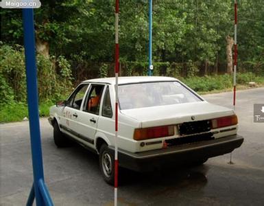 乌鲁木齐小汽车驾校