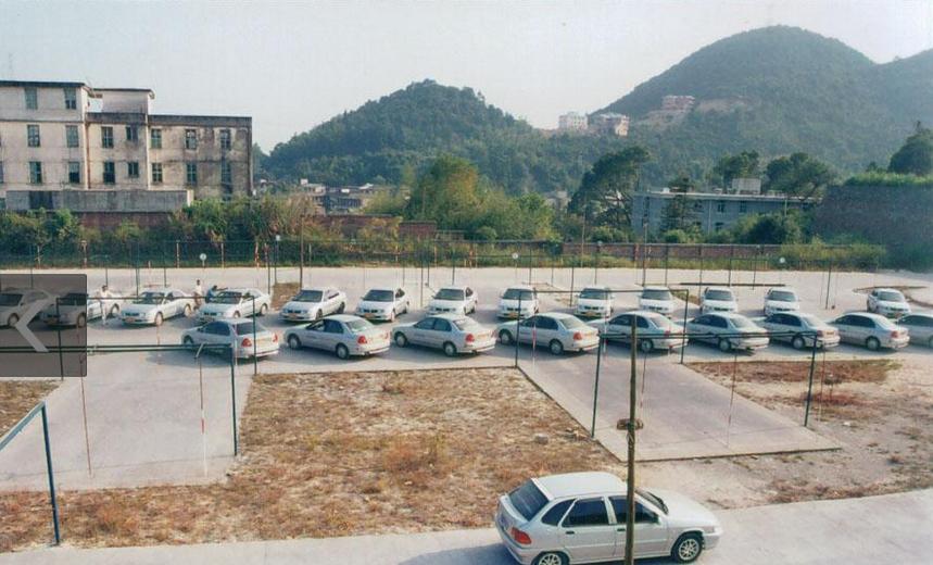 建安总校训练场